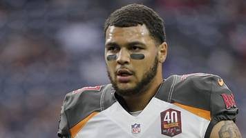 mike evans anthem protest: nfl player sits in protest at donald trump election