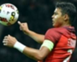thiago silva keen for psg stay but motta set to move on