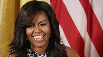 mayor resigns over michelle obama 'ape in heels' post