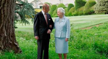 queen and duke celebrate 69th wedding anniversary