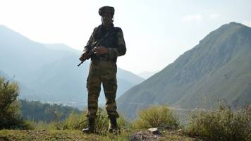 Kashmir attack: India vows 'retribution' after soldier killings