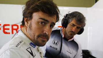 fernando alonso: mclaren driver '100% committed' to staying in f1