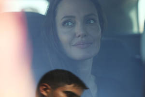 Angelina Jolie's new 'Psych' Records Exposed! Brad Pitt ready to tell his side of the truth