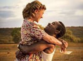 A United Kingdom tells a remarkable true story of a love match that shocked the nation