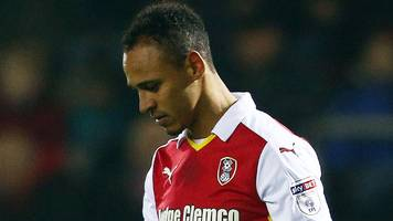 odemwingie tweets red card apology during game