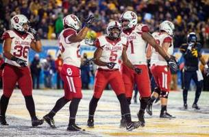 Oklahoma Football Stays at No. 7 in AP, Coaches Polls