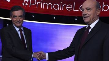 France presidential race: Fillon and Juppe face off in poll