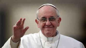 pope francis 'to visit northern ireland in 2018'