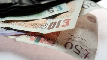 national living wage: oecd urges caution over increase