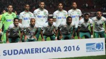 Brazilian soccer player pulled from plane crash called wife moments before dying: Report