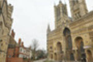 lincoln cathedral gets £38,000 for urgent pinnacle repair...