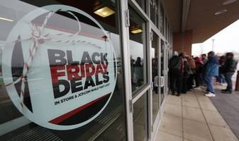 Consumers 'Couch Shopped' On Black Friday, As Retail Winners, Losers Could Already Be Emerging