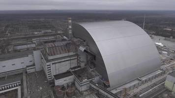 Chernobyl shield completion like 'closing a nuclear wound'