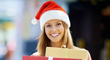 Northern Ireland consumers splash out 67% of pay packet on Christmas