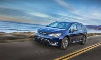 2017 Chrysler Pacifica Hybrid EPA Ratings Reveal 33-Mile EV Range