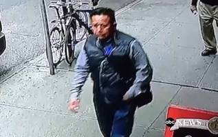 Caught On Tape: Man Steals $1.6 Million Bucket Full Of Gold In Midtown Manhattan In Broad Daylight