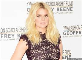 Jessica Simpson Makes Fun of Herself for Chicken of the Sea Gaffe 13 Years Later