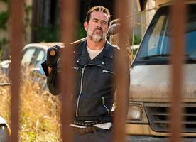 'The Walking Dead': Jeffrey Dean Morgan Confirms Negan Is in Season 8