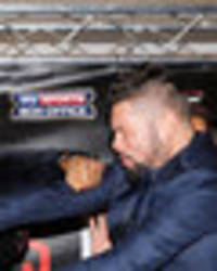 david haye appears to punch tony bellew at press conference forcing security to jump in