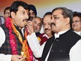 bjp plays regional card in delhi with appointment of new leader manoj tiwariahead of municipal elections