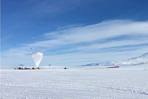 NASA's Antarctica balloons will study cosmic rays and neutrinos