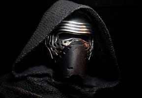 'Star Wars Episode 8' spoilers, update: Kylo Ren's true power revealed! Will he return to the light side?