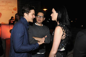 Katy Perry, Orlando Bloom spark split rumors anew, walk separately during a UNICEF event