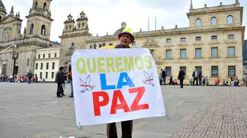 Colombian Senate backs new Farc peace deal
