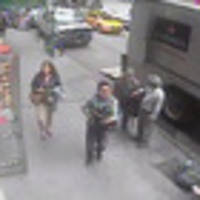 Thief steals $1.6 million worth of gold from the back of a truck in New York