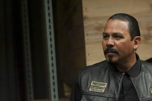 Waiting on the 'Sons of Anarchy' spinoff? FX gives 'Mayans MC' pilot order