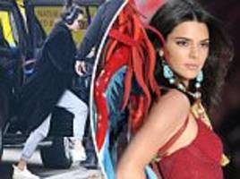 victoria's secret angel kendall jenner arrives in new york after show in paris