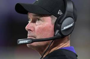 Vikings' Zimmer won't coach vs. Cowboys after emergency eye surgery