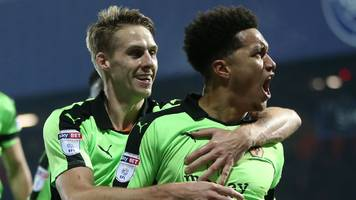 wolves hang on to beat 10-man qpr