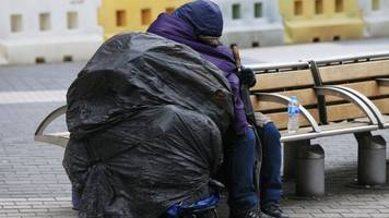 more than 250,000 are homeless in england - shelter