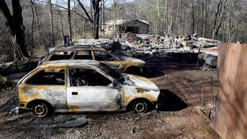 Tennessee wildfires: Death toll rises to 10