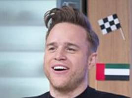 Olly Murs hailed a hero as he performs life-savingmanoeuvre on choking woman in restaurant