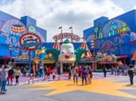 universal studios hollywood, gondola rides and the harry potter set: the world's top attractions named in tourism awards
