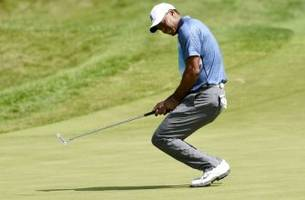 Pro Golf Daily: Mixed Bag For Tiger Woods In Return