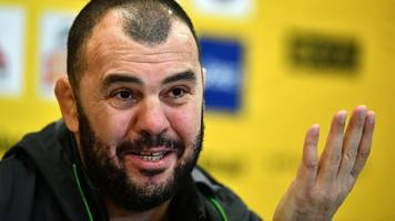 England v Australia: Eddie Jones has chip on his shoulder - Michael Cheika
