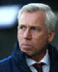 alan pardew admits crystal palace are in a 'mini-crisis'