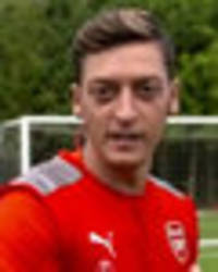 mesut ozil tells arsene wenger: you have to sign this player for arsenal
