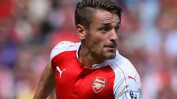 Mathieu Debuchy: Injured Arsenal defender faces six weeks out