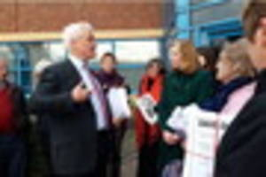 Campaigners hand in petition to save minor injuries units in...