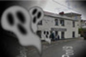 Pub in Cornwall claims ghosts turned its Christmas tree upside...