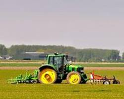 How NASA and John Deere Helped Tractors Drive Themselves