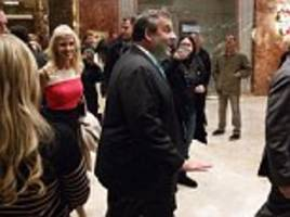 Chris Christie makes appearance at Trump Tower to visit the president-elect