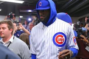 Chicago Cubs: LeBron James wears full Cubs uniform to pay off bet