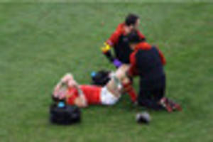 Dan Lydiate could be poised for Six Nations blow because of knee...