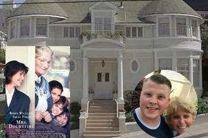 world's biggest mrs doubtfire fan gets door slammed in his face after making pilgrimage to movie house in san francisco