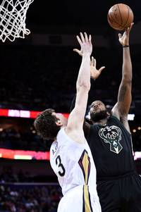 nba trade rumors: milwaukee bucks to trade greg monroe to new orleans pelicans for tyreke evans and omer asik